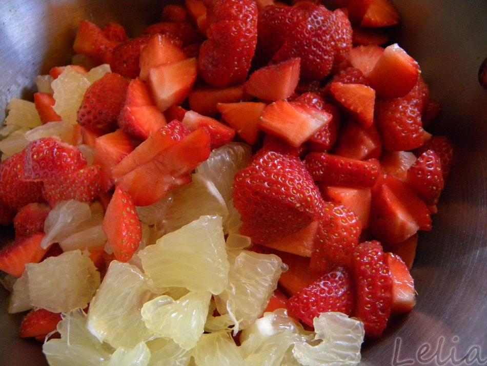 Die Fruchtwürfel sollen zusammen 1 Kilo wiegen