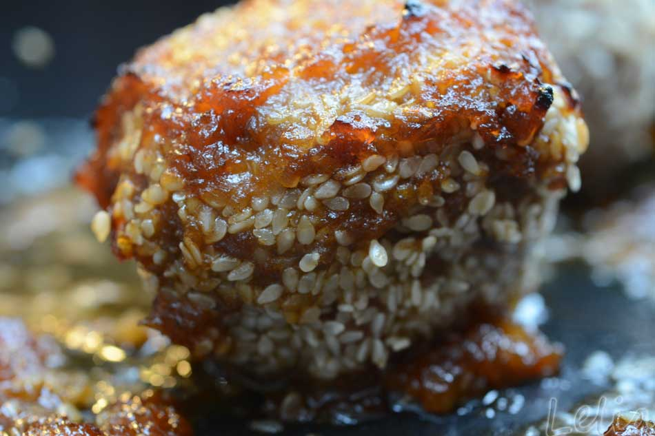 """Fleischbällchen auf """"indisch"""", mit wokgebratenem Quinoa"""