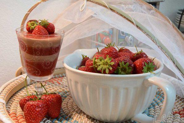 Verrückt nach Erdbeere: Variationen mit Schokoganache, Qimic und Rührteigkuchen