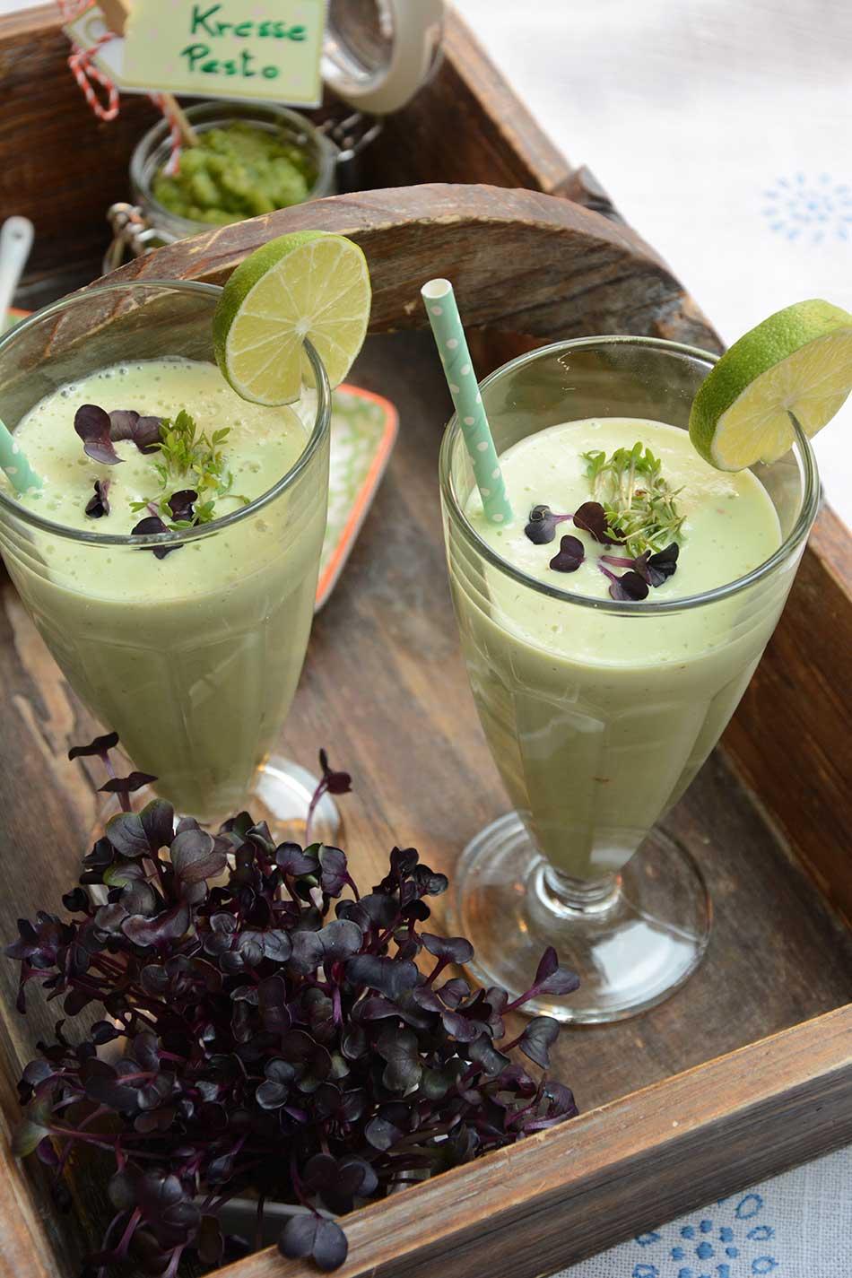 Grüner Smoothie mit Kresse