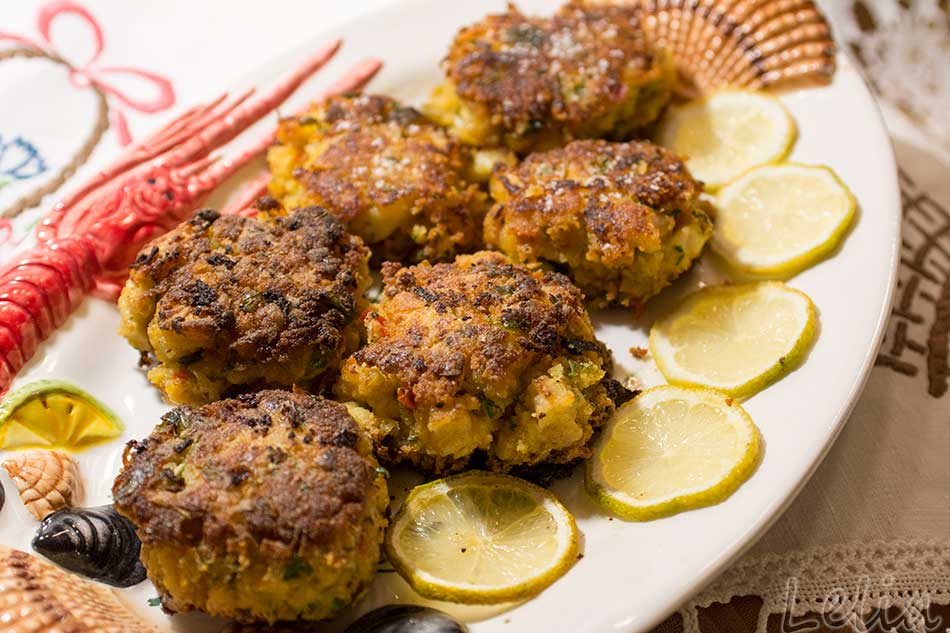 Fischlaibchen mit Tomaten Nektarinen Salat