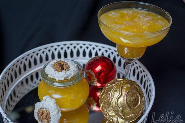 Pomelo-Fruchtfleisch in Orangengelee, und kandierte Pomeloschale, ein Weihnachtsdessert!