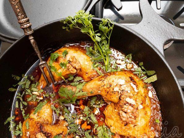 Huhn Tschachochbili – Huhn auf georgische Art, eine Kochbuchrezension