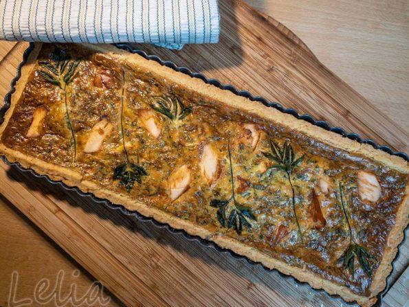 Wildkräuter – Lachsquiche mit Parmesanmürbteig